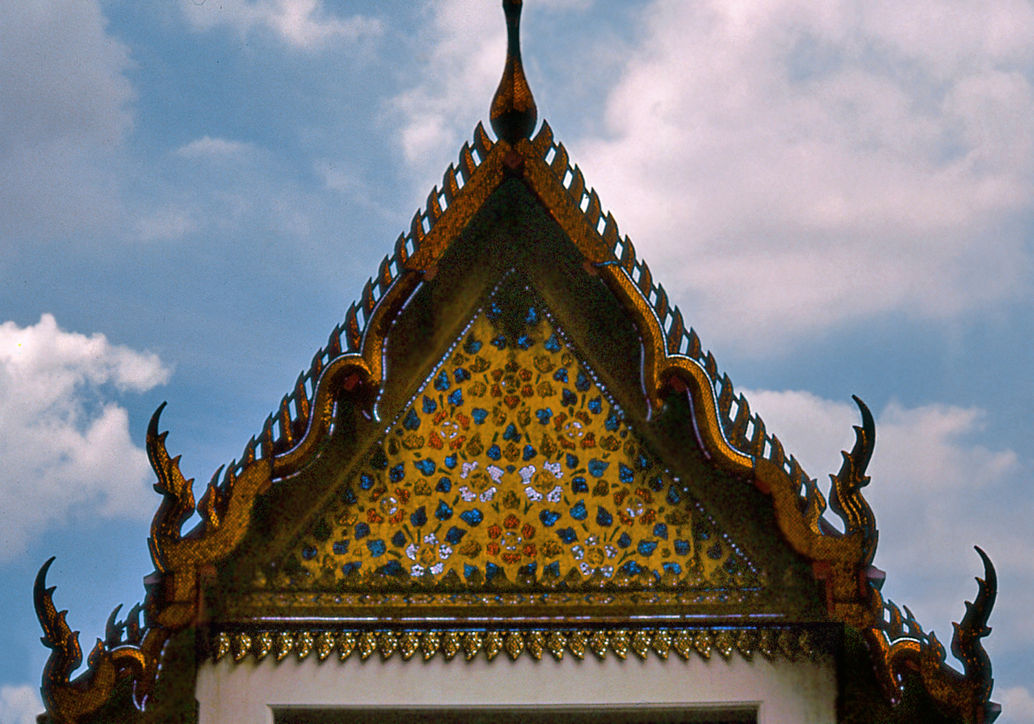 the thai history Thai language resources, including an online dictionary, audio clips, message forum, lessons, and more internet resource for the thai language: lookup: more options here overview history of the thai language.